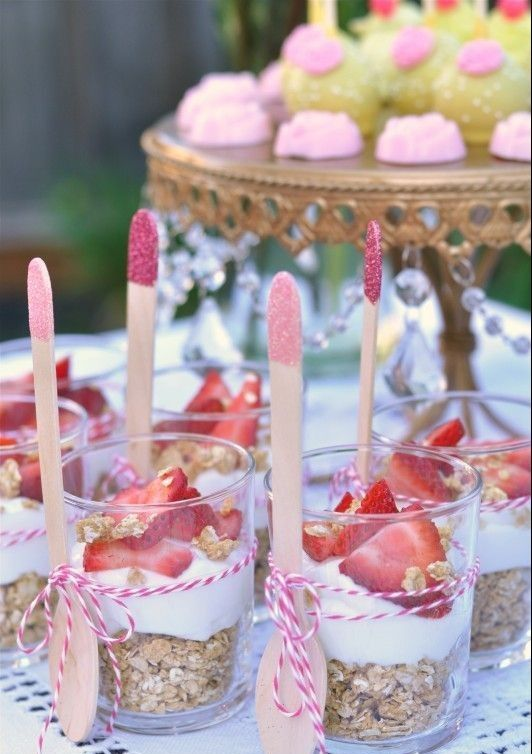 petit goûté aux fraises